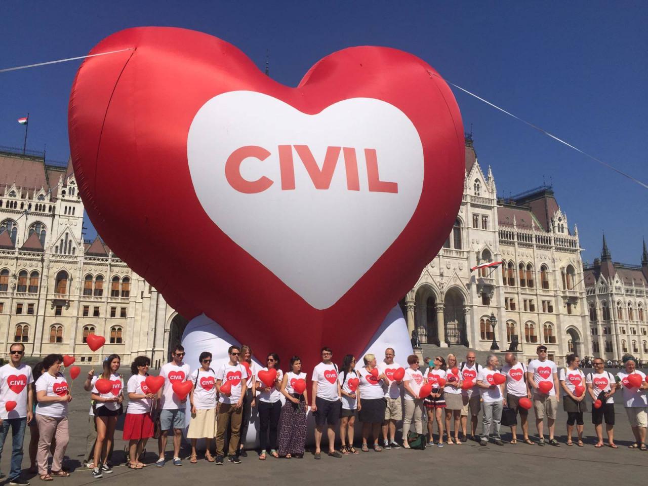 Sajtóközlemény a civil szervezetek átláthatóságáról